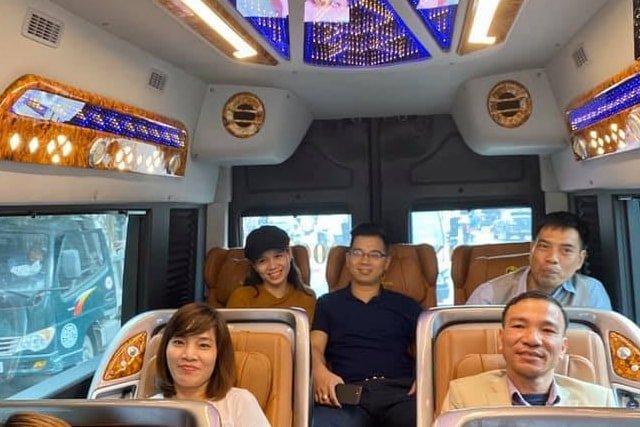 Ninh Binh luxury limousine 2-min